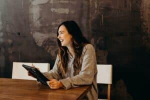 Como contratar de maneira mais eficiente e dinâmica